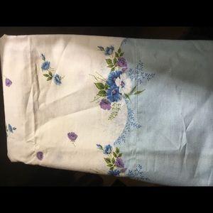 Pair Pillow shams/cases